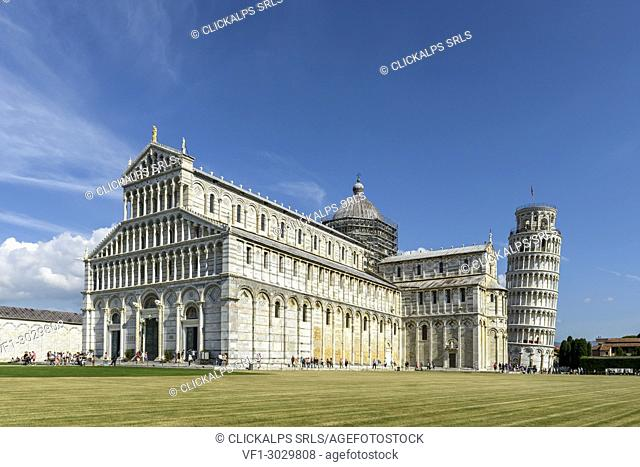Tourists in front of the Cathedral and leaning from Pisa. Europe, Italy, Tuscany, Pisa