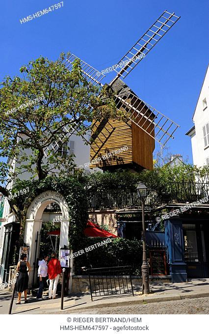 France, Paris, Butte Montmartre, Moulin de la Galette