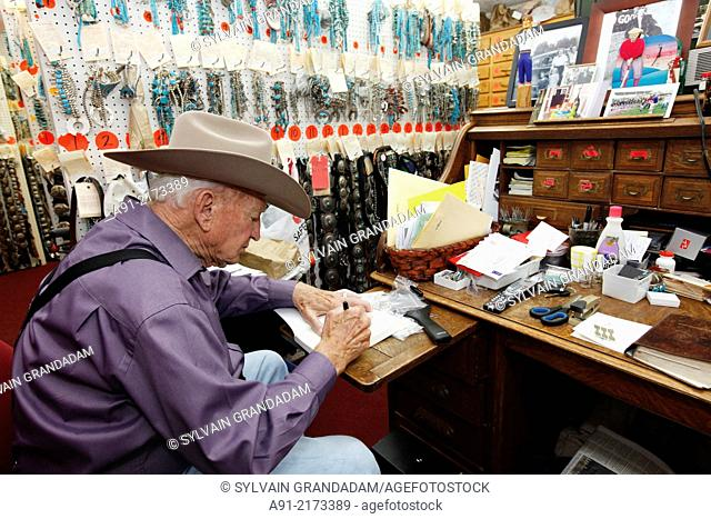 USA, new mexico, Gallup, the Bill Richardson Trading Post, the largest trading post and pawning navajo, hopi and Zuni artifacts