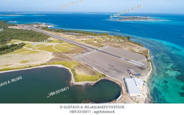 los roques gran roque airport not airplane