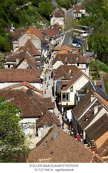 Tourist shops line the narrow street leading up to the sanctuaries of Rocamadour, France