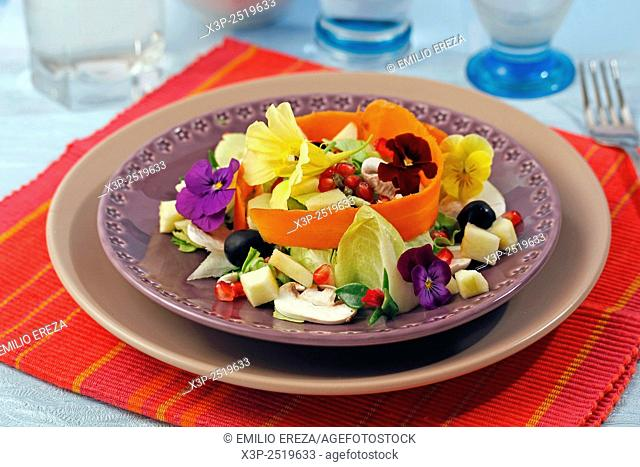 Salad with pomegranate and mushrooms