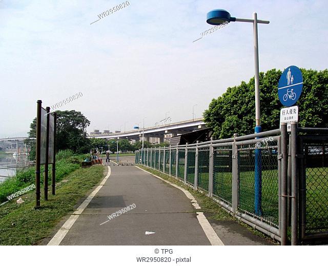 The right bank bike lane