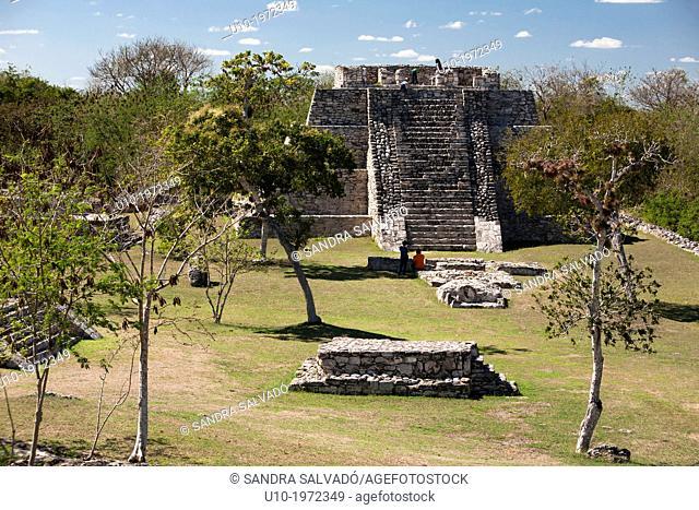 Mayan arqueological site Mayapan, Peninsula Yucatan, Mexico