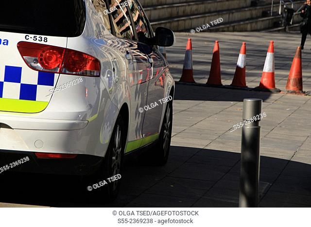 Guardia urbana police cars. Barcelona, Catalonia, Spain