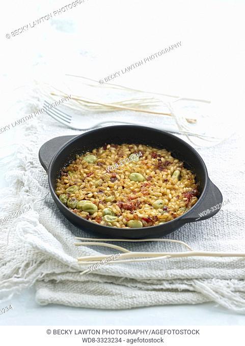 arroz seco al horno con jamon iberico y verduras,