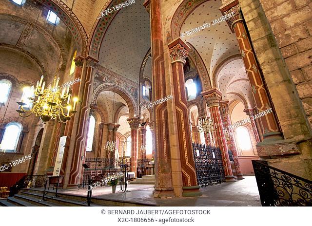 Columns of the roman church Saint-Austremoine d'Issoire, Issoire, Auvergne, France, Europe