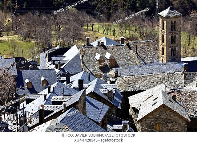 Bell tower of the Church of Santa Maria and slate roofs typical - Taüll - Vall de Boi - Pyrenees - Lleida Province - Catalonia - Cataluña - Spain