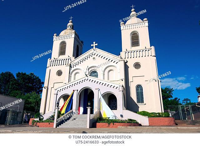 Igreja Municipalidad, Encarnacion, Paraguay