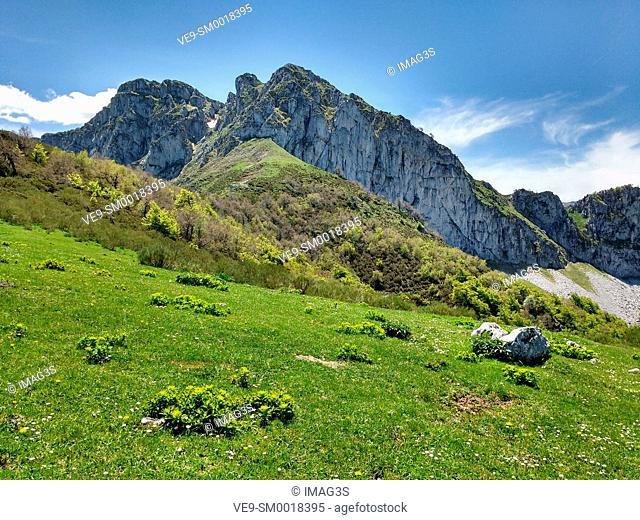 Cantu del Osu (1793 meters) near Bezanes village, Redes Natural Park, Asturias, Spain