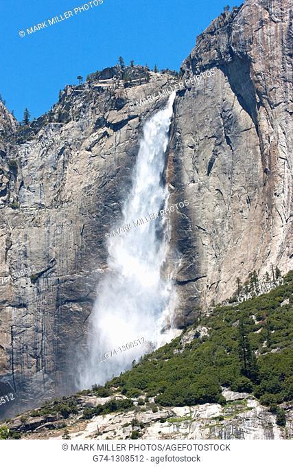 Yosemite Falls,, Yosemite National Park, California, USA