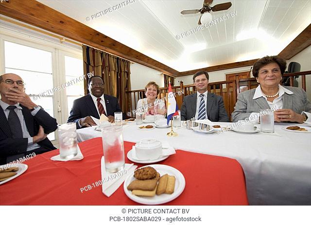 Saba, visit of prime minister Balkenende, Bijleveld and Emily de Jongh-Elhage