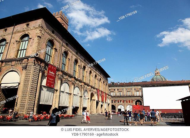 Bologna palazzo del podestà Podesta Palace Piazza Maggiore Main Square Emilia Romagna
