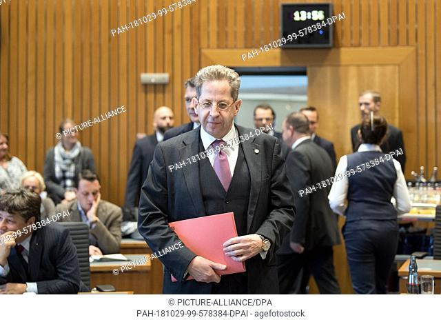 29 October 2018, North Rhine-Westphalia, Duesseldorf: Hans-Georg Maaßen, President of the Federal Office for the Protection of the Constitution