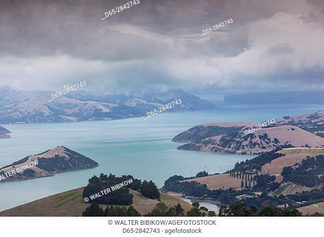 New Zealand, South Island, Canterbury, Banks Peninsula, Akaroa-area, elevated landscape view