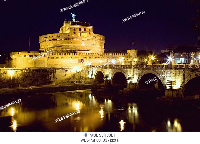 Italy, Rome, Castle Sant'Angelo at night