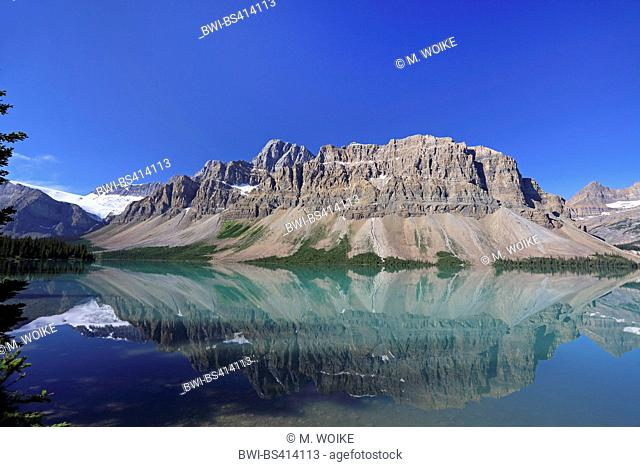 Bow Lake, the Bow summit is reflected in the lake, Canada, Alberta, Banff National Park