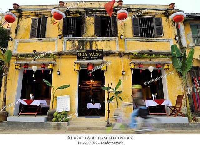 Asia, Vietnam, Hoi An  Hoi An old quarter  Restaurant Hoa Vang, Yellow Flower  The historic buildings, attractive tube houses