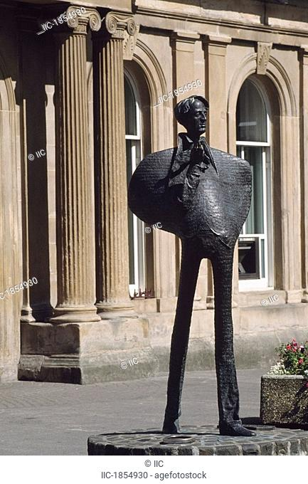 Sligo Town, Statue of W.B. Yeats