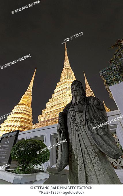 Wat Po at night, Bangkok, Thailand