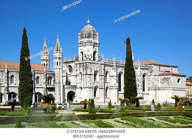 Hieronymus Monastery, Mosteiro dos Jeronimos, UNESCO World Heritage Site, with Praca do Imperio square in the district of Belem in Lisbon, Portugal, Europe