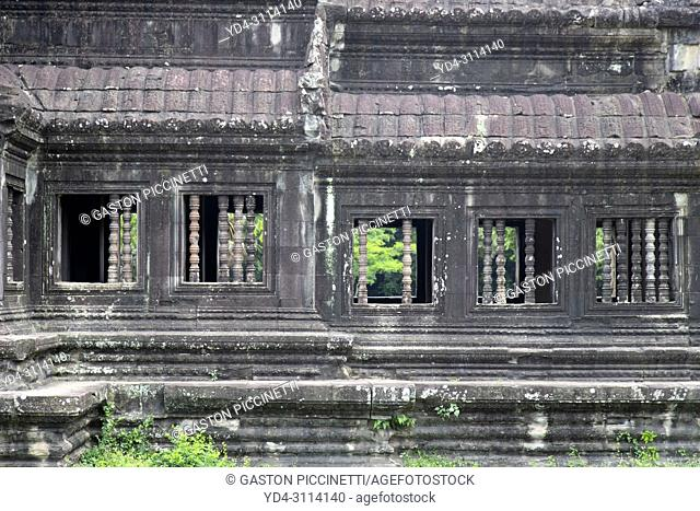 One of the temple libraries of Angkor Wat, Angkor Temple Complex, Siem Reap Province, Cambodia, Asia, UNESCO. It was originally constructed as a Hindu temple...