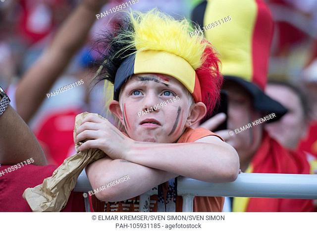 A small Belgian fan waiting for kick-off, fan, fans, spectators, supporters, supporters, child, boy, bust, Belgium (BEL) - Tunisia (TUN) 5: 2, preliminary round