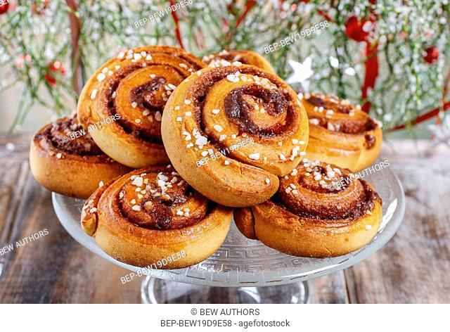 Kanelbulle - swedish cinnamon rolls. Festive dessert