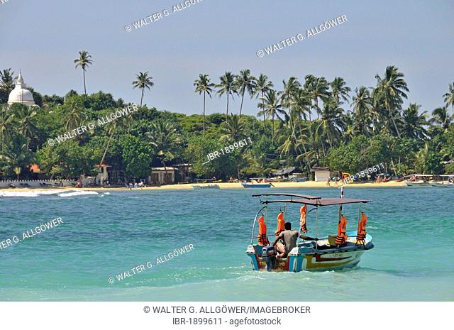 Glass bottom boat, Unawatuna, Sri Lanka, Ceylon, South Asia, Asia