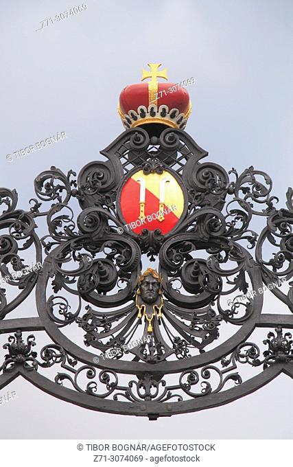 Czech Republic, Moravia, Mikulov, Castle, gate, detail,