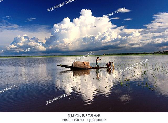 Fishing boat Bangladesh July 2007