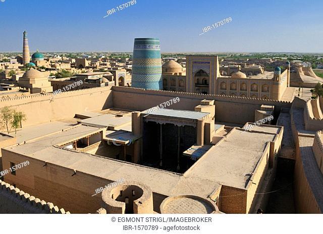 View over Ichan Kala the historic adobe town of Khiva, Chiva, Silk Road, Unesco World Heritage Site, Uzbekistan, Central Asia