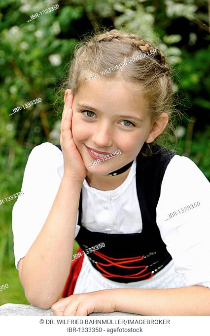 Girl in traditional costume, festive traditional costume, Dirndl, Schalk, Toelz traditional costume