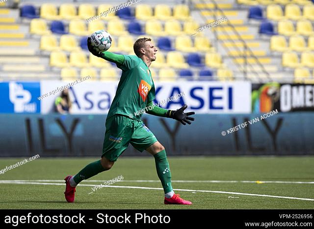 Gent's goalkeeper Thomas Kaminski pictured in action during the Jupiler Pro League match between STVV and KAA Gent, in Sint-Truiden, Sunday 09 August 2020