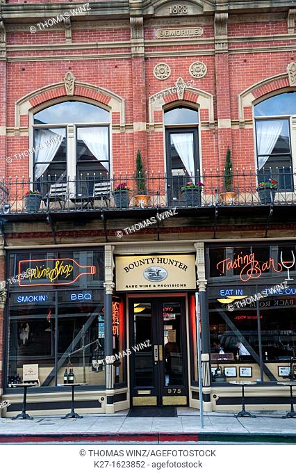 Bounty Hunter Restaurant And Wine Bar