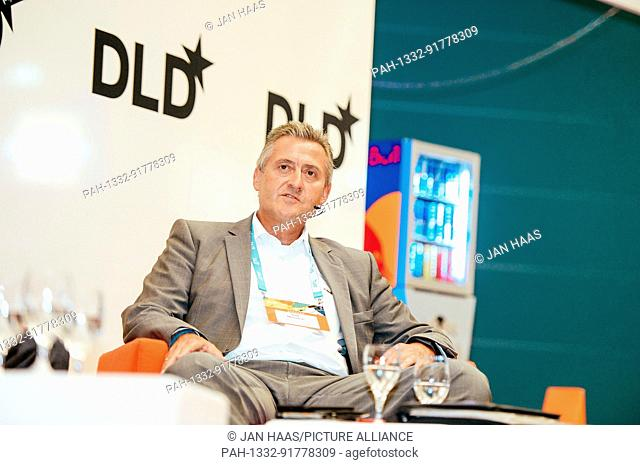BAYREUTH/GERMANY - JUNE 21: Ralf Männlein (empiriecom) speaks in a panel discussion on the stage during the DLD Campus event at the University of Bayreuth on...