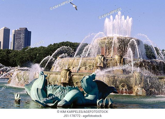 Buckingham Fountain at Grant Park. Chicago. USA