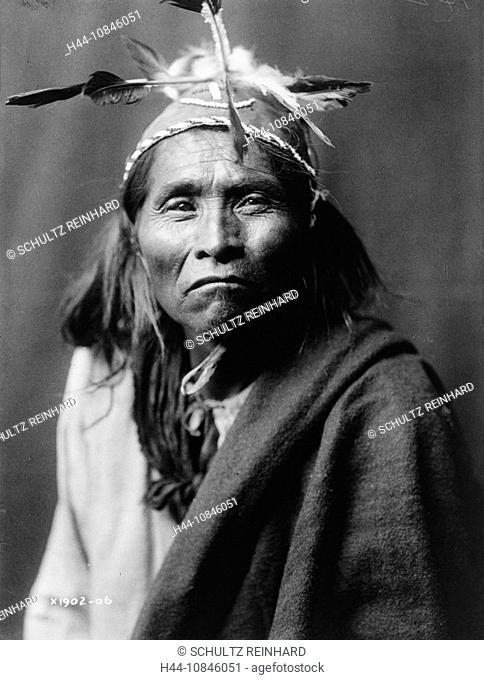 Ndee Sangochonh, Apache Indian, portrait, USA, America, United States, North America, historical, historic, history, P