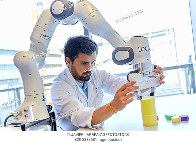 Teleoperation robot for object manipulation, innovation in sanitary robotics, Unit of Health Technology, Technology Centre, Tecnalia Research & Innovation