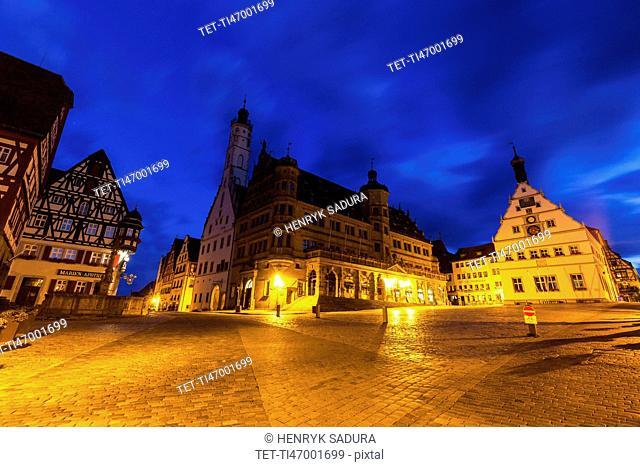 Germany, Bavaria, Rothenburg, Market Square at dusk