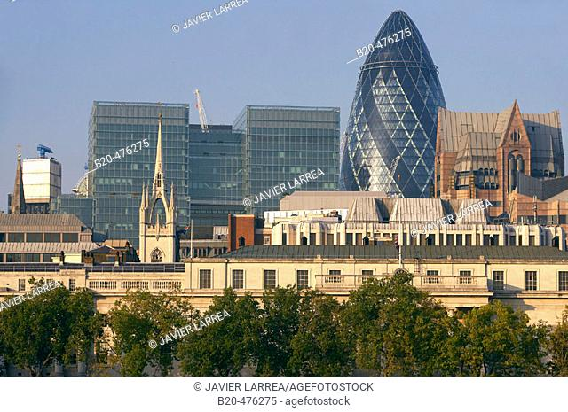 Custom House, office buildings, Swiss Re headquarters by architect Norman Foster, London. England, UK