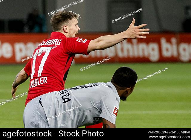 29 May 2020, Baden-Wuerttemberg, Freiburg im Breisgau: Football: Bundesliga, SC Freiburg - Bayer Leverkusen, 29th matchday at the Black Forest Stadium