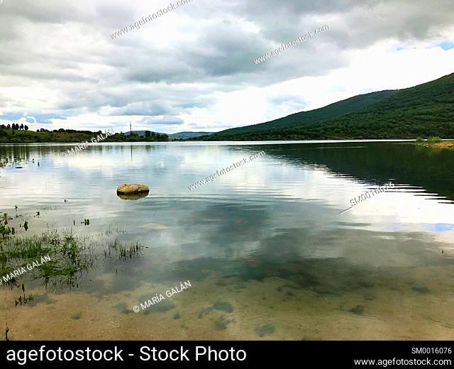 Pinilla reservoir. Sierra de Guadarrama National Park, Madrid province, Spain