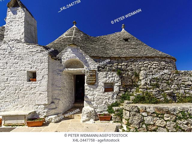 Trullo Siamese, Trulli, Alberobello, Apulia, Italy, UNESCO World Heritage Site