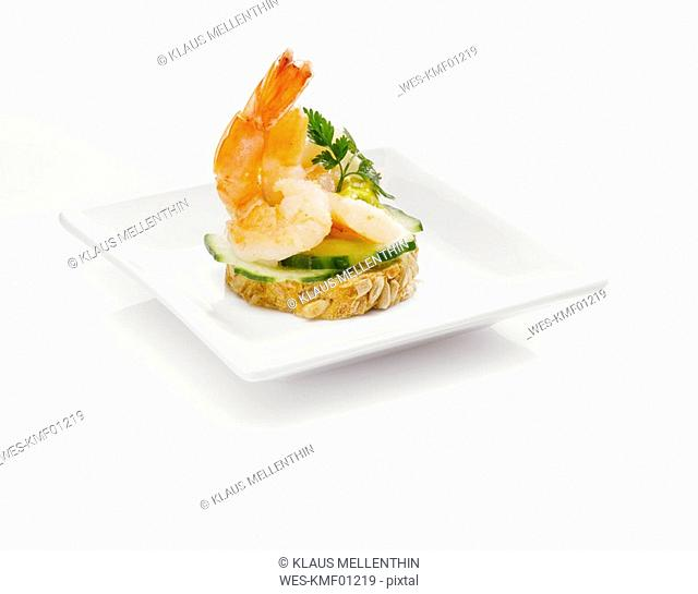 Sandwich with shrimps and cucumber slices