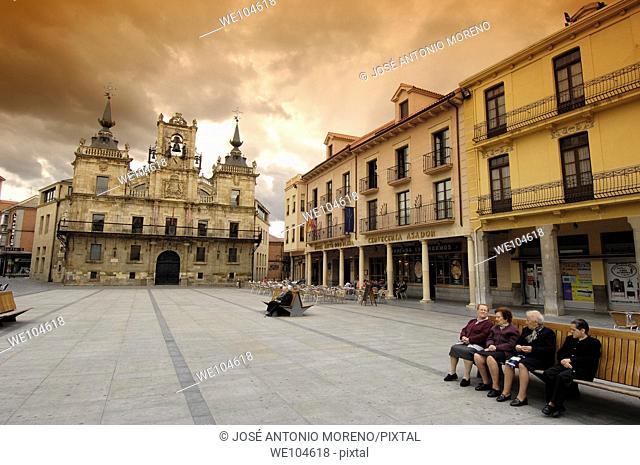 Main square and Town Hall, Astorga, Way of St James, Leon province, Castilla-Leon, Spain