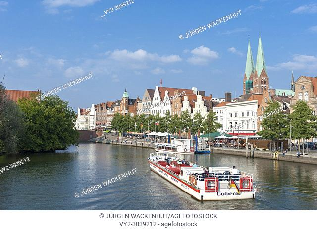 Historical cityscape at the river Trave with church of Saint Mary, Lubeck, Baltic Sea, Schleswig-Holstein, Germany, Europe