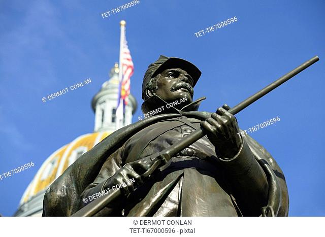 USA, Colorado, Denver, Statue of Union soldier in front of Capitol Building