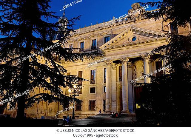 Neoclassical Palacio de Anaya (built in the 18th century), Salamanca. Castilla-León, Spain