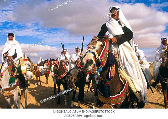 Lebanese riders in the Sahara Festival. Tunez